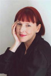 Lucinda Holdforth