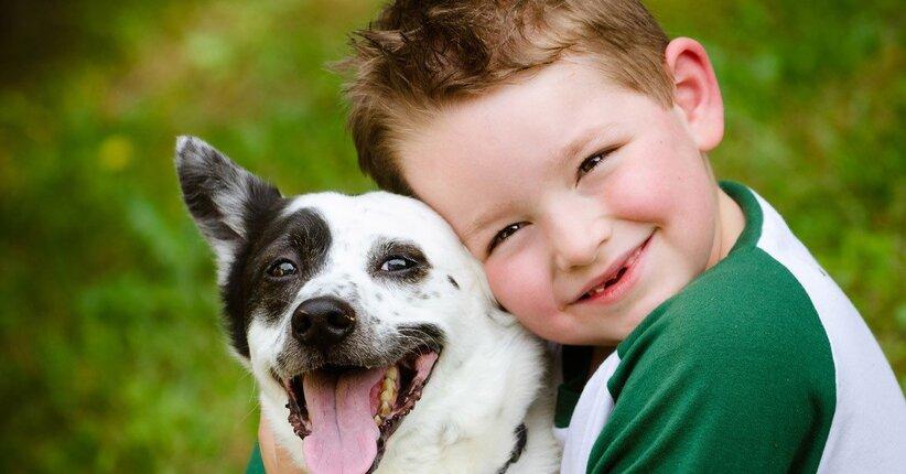 10 buoni motivi per regalare un cucciolo ad un bambino