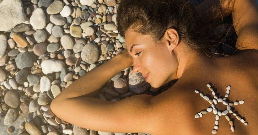 Al sole con un Reintegratore Epidermico
