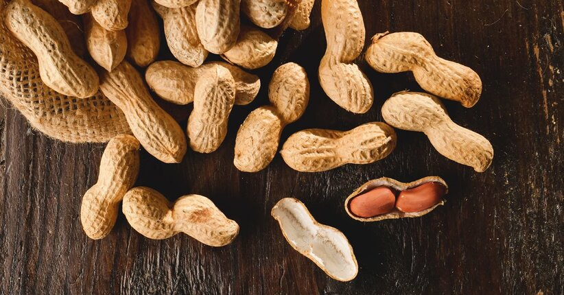 benefici delle arachidi per perdere peso