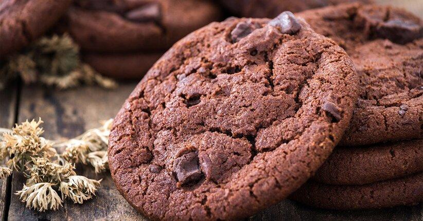 Biscotto chetogenico al cioccolato e arachidi senza carboidrati, la ricetta