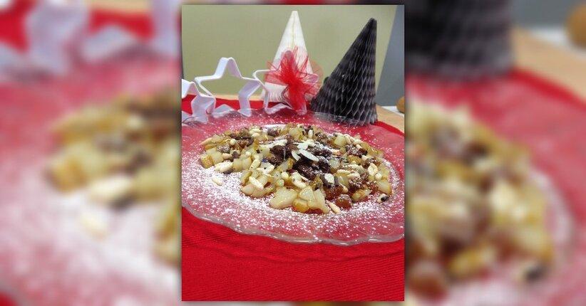 Brownies Confuso con pere e bacche di gelso