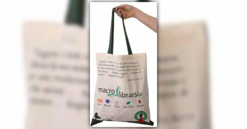 Da internet alla città: apre a Cesena il primo negozio Macrolibrarsi Store..