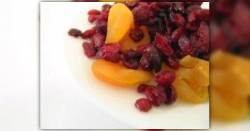 """Frutta Secca: consigli utili - estratto da """"Fantasie di frutta e verdura"""""""