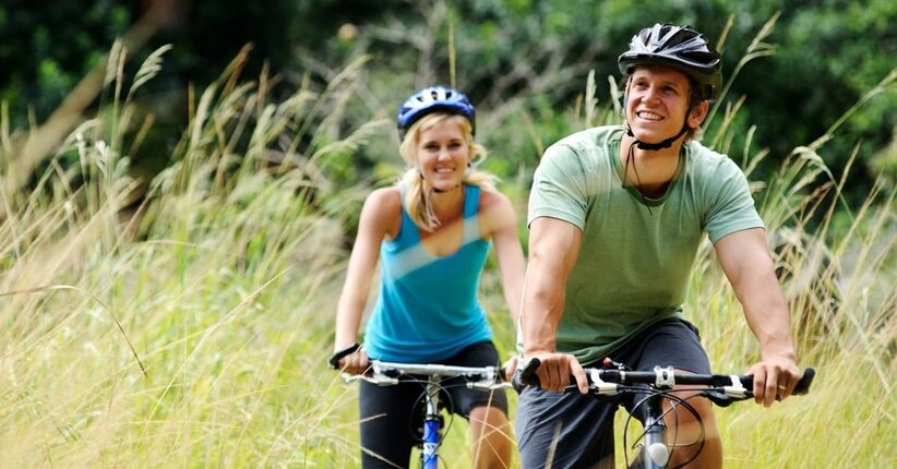Gli integratori e gli alimenti più indicati per chi fa sport