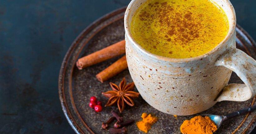 Golden milk: la salute ha l'oro in bocca