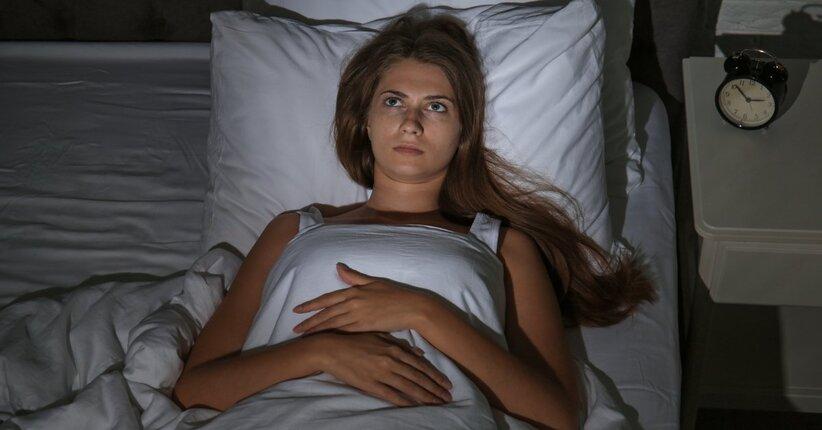Insonnia: i rimedi e gli alimenti più indicati per fare sogni d'oro