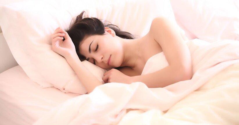 Insonnia: ritrova il sonno con oligoelementi e gemmoderivati