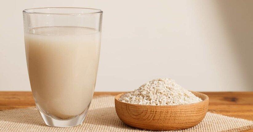 Bevanda vegetale a base di riso fatta in casa