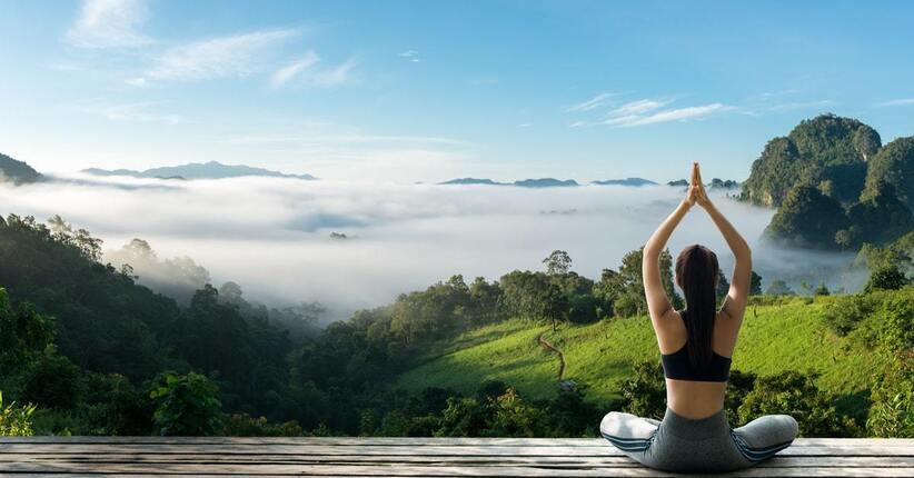 Lo Yoga e la Salute: come affrontare al meglio il caldo estivo