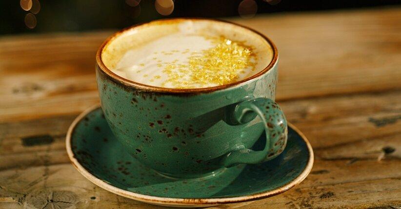 Moon milk: la bevanda naturale contro l'insonnia
