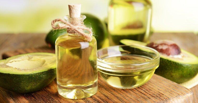 Olio di avocado per pelle e capelli