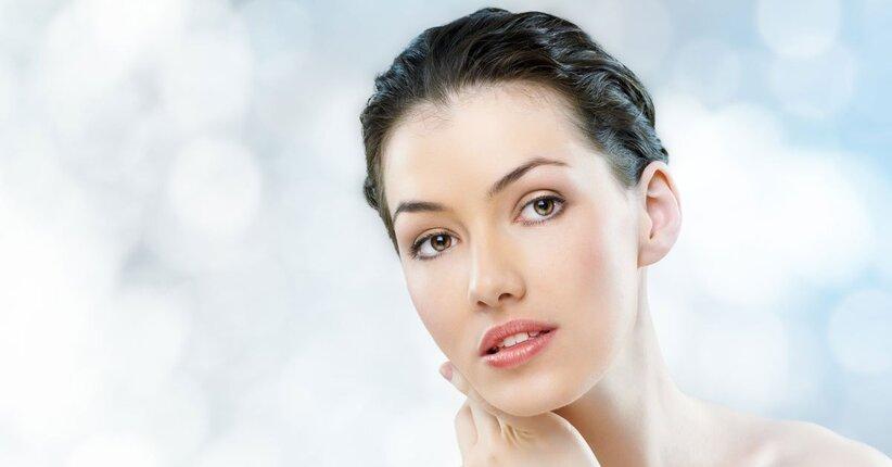 Pelle impura: quali sono i cosmetici adatti (e quali da evitare)?