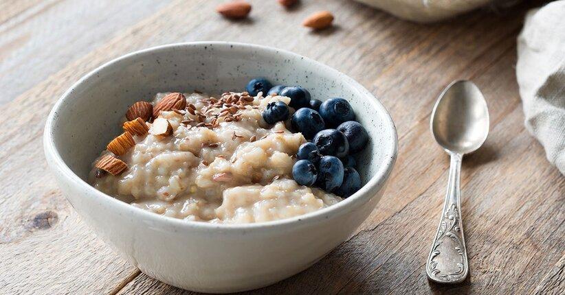 Porridge (freddo e caldo) e Overnight oats: facciamo chiarezza