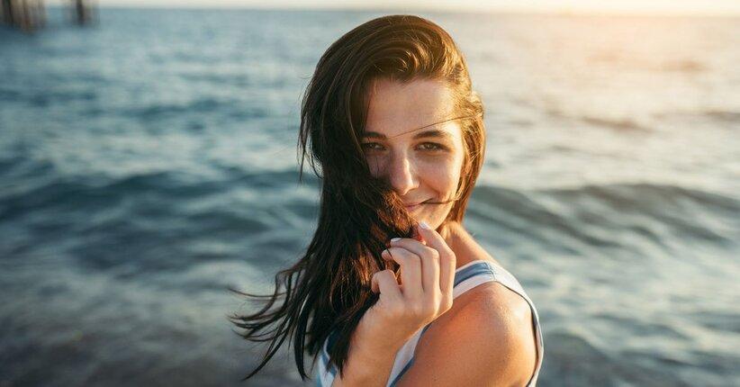 Proteggi i tuoi capelli da sole e dal mare