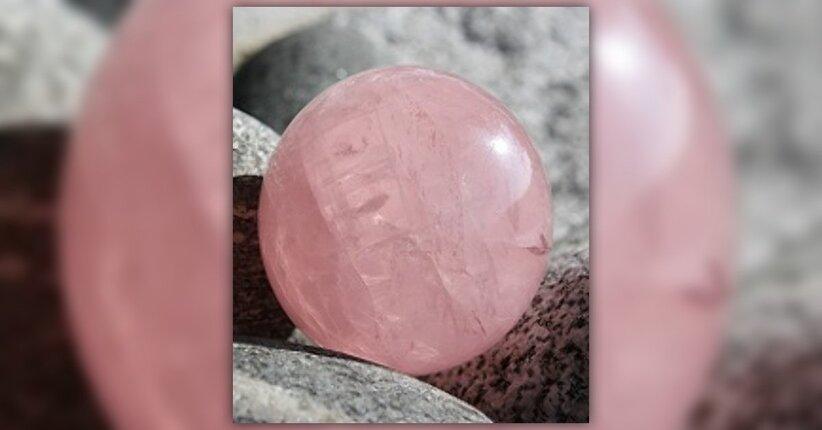Quarzo rosa: la pietra del cuore