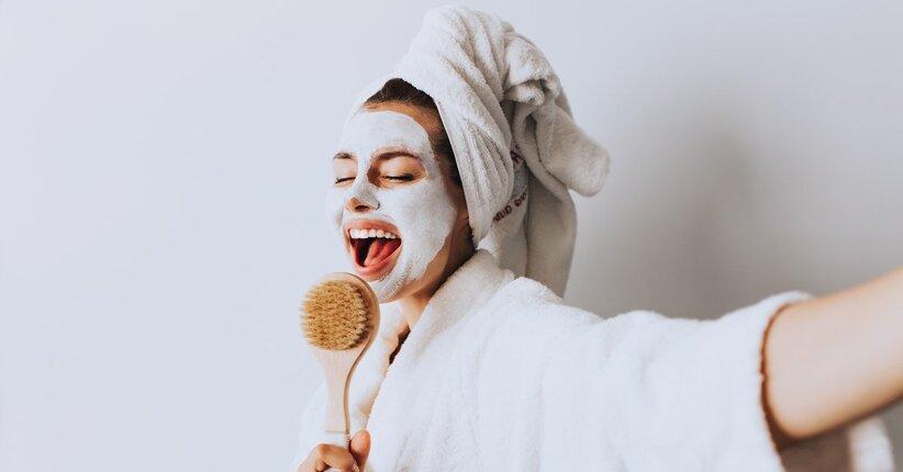 Ricette: 5 maschere viso fai da te per coccolare la tua pelle