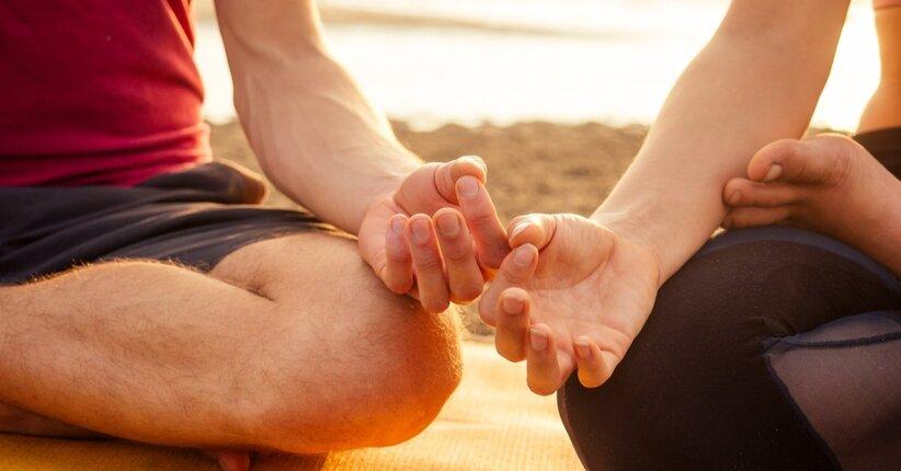 donne che danno video di massaggi prostatici