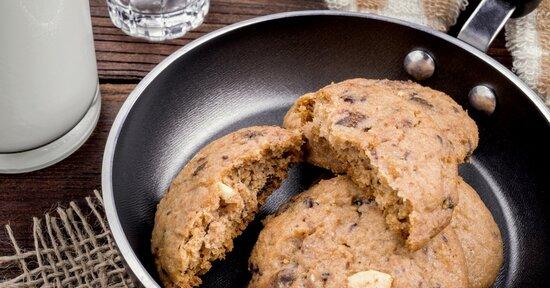 Biscotti da cuocere in padella, 3 ricette