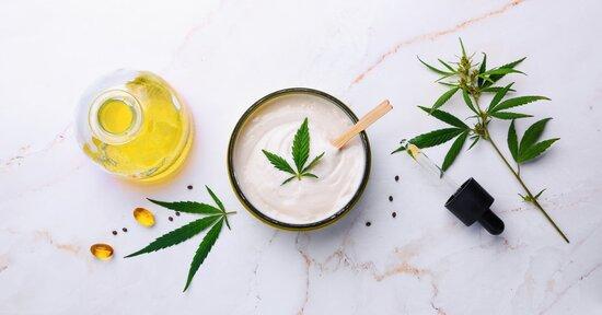 CBD e olio di Canapa nei cosmetici: tutti gli usi e i benefici
