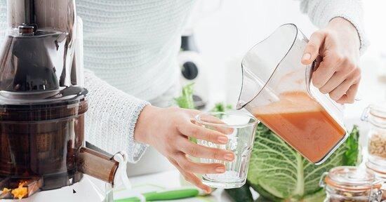 Cucina del recupero e ricette: come riutilizzare gli scarti di frutta e verdura degli estratti