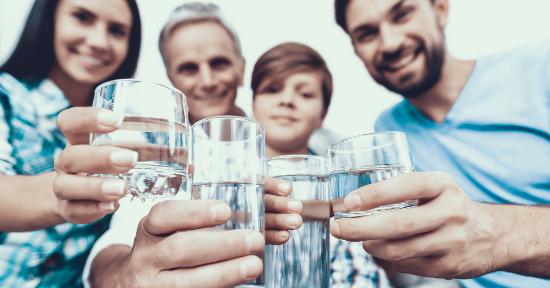 Disidratazione: i sintomi che indicano che hai bisogno di bere di più