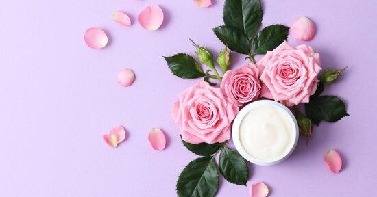 Erboristeria fai da te: crema viso antirughe