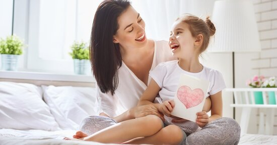 Idea regalo per la festa della mamma: i consigli di Macrolibrarsi