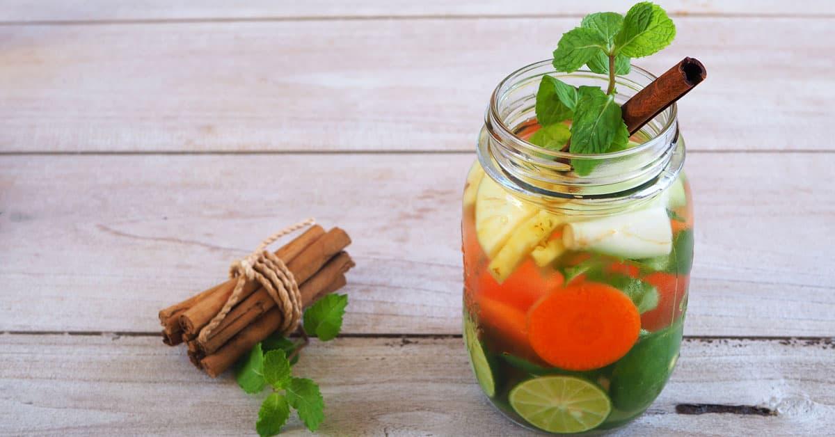 Acqua aromatizzata al daikon, carota e cannella