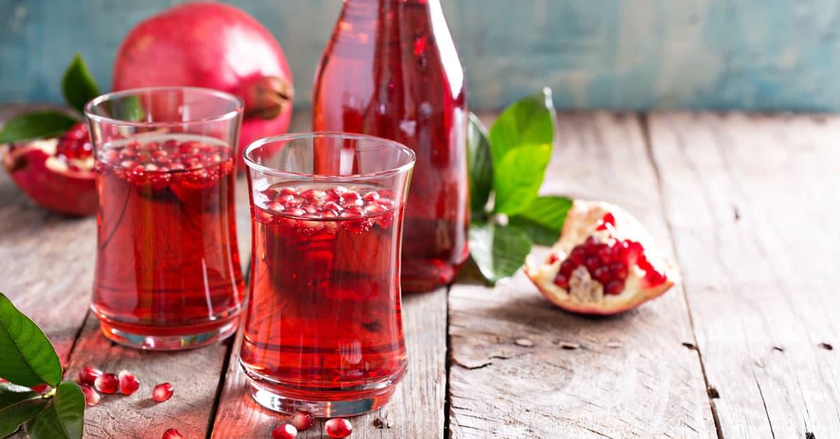 Acqua aromatizzata alla melagrana e vaniglia
