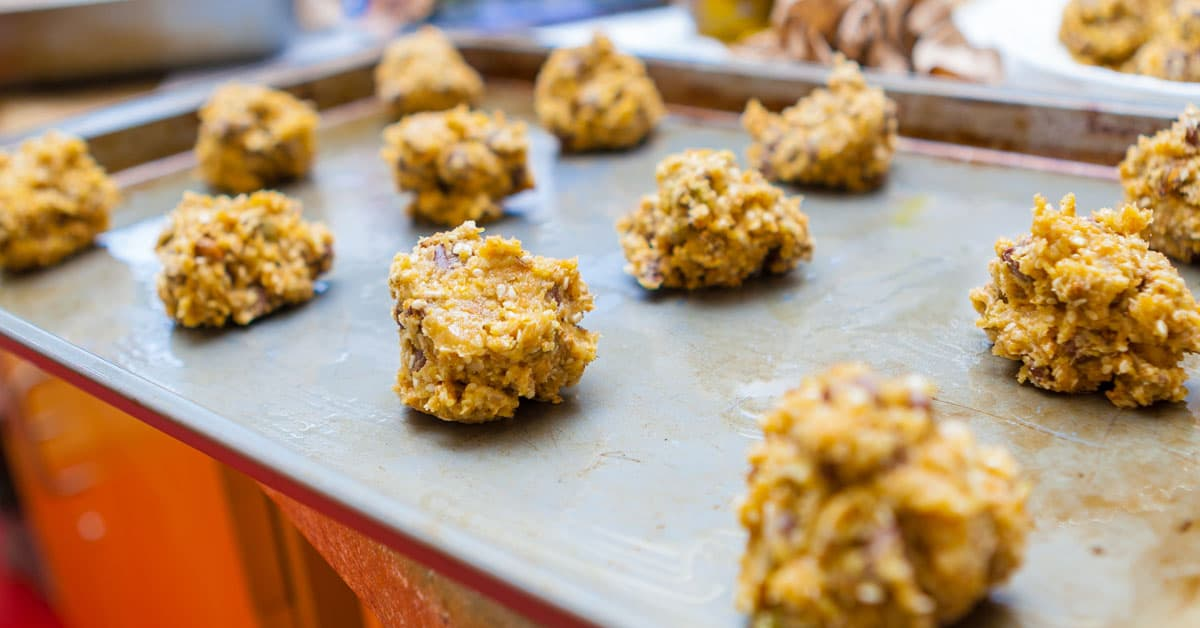 Base ultra-easyt per dolci raw con semi di girasole