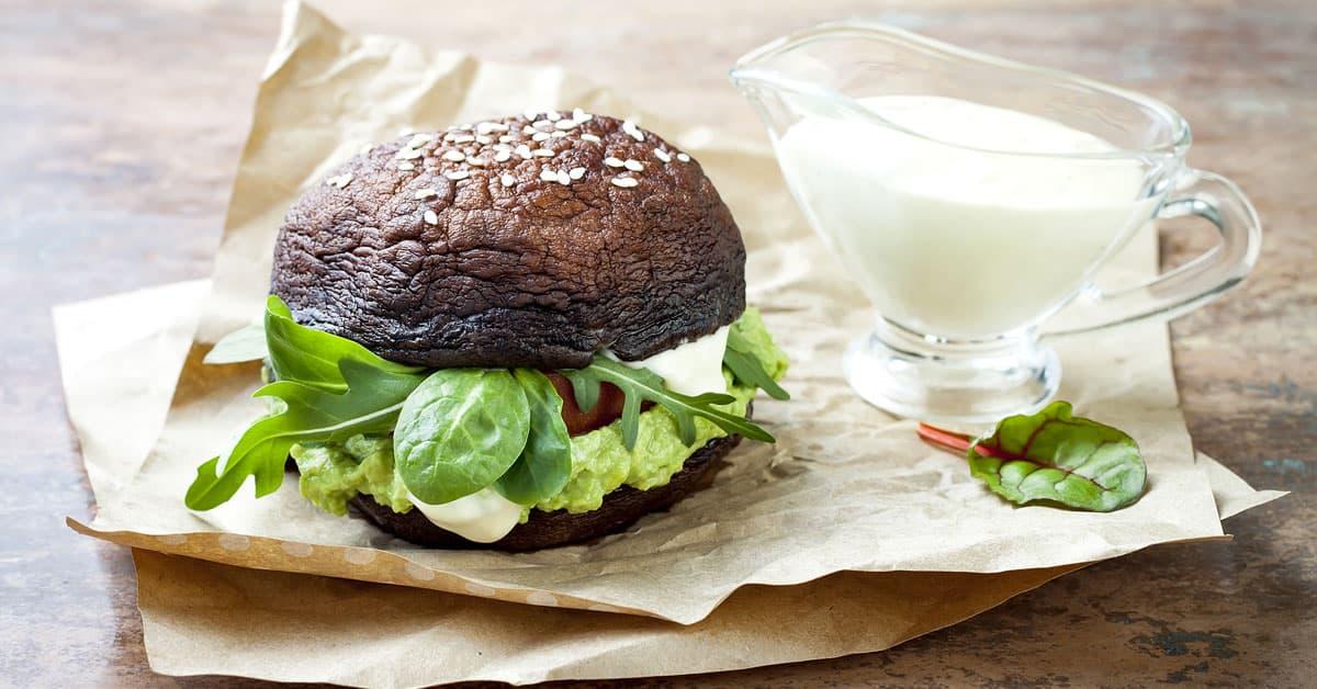 Burger di Funghi al Cavolfiore e Maionese di Girasole
