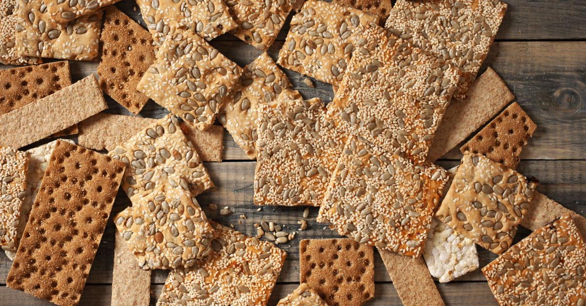 Crackers semintegrali ai semi e olio di oliva