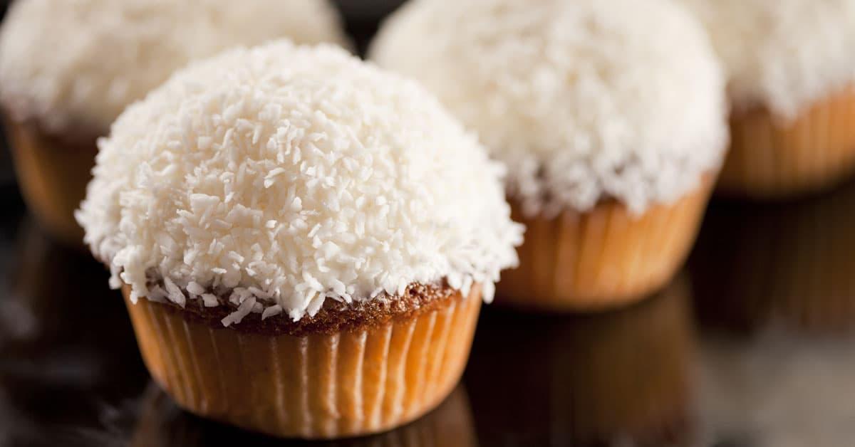Muffin semintegrali al cocco senza burro e senza zucchero