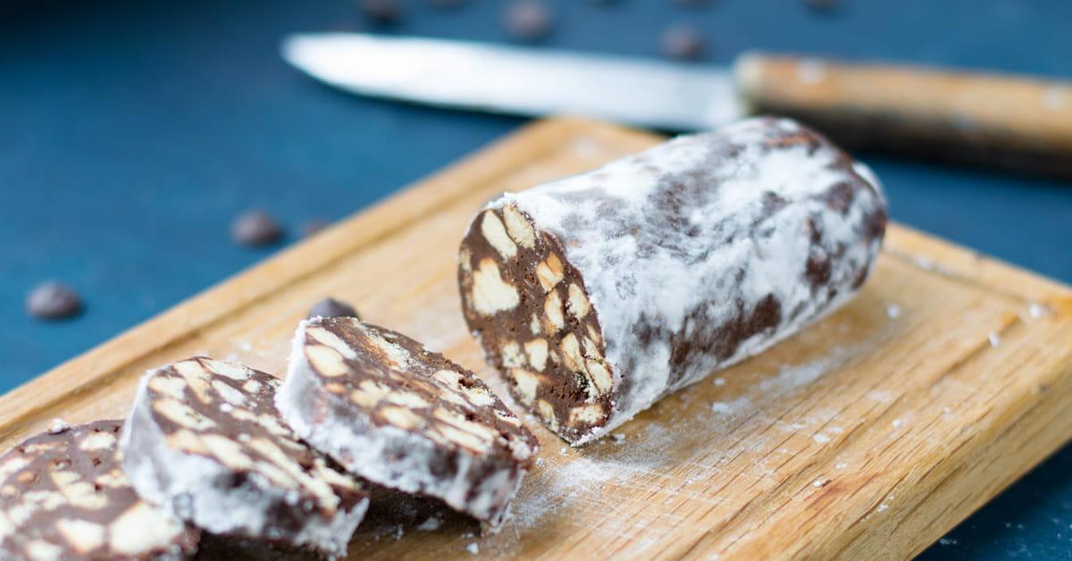 Salame di cioccolato con anacardi