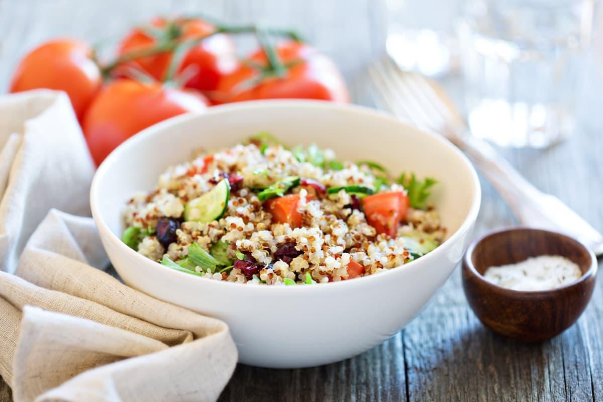 Insalata mediterranea di Quinoa