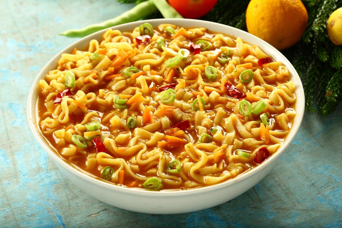 Curry di noodles al cocco