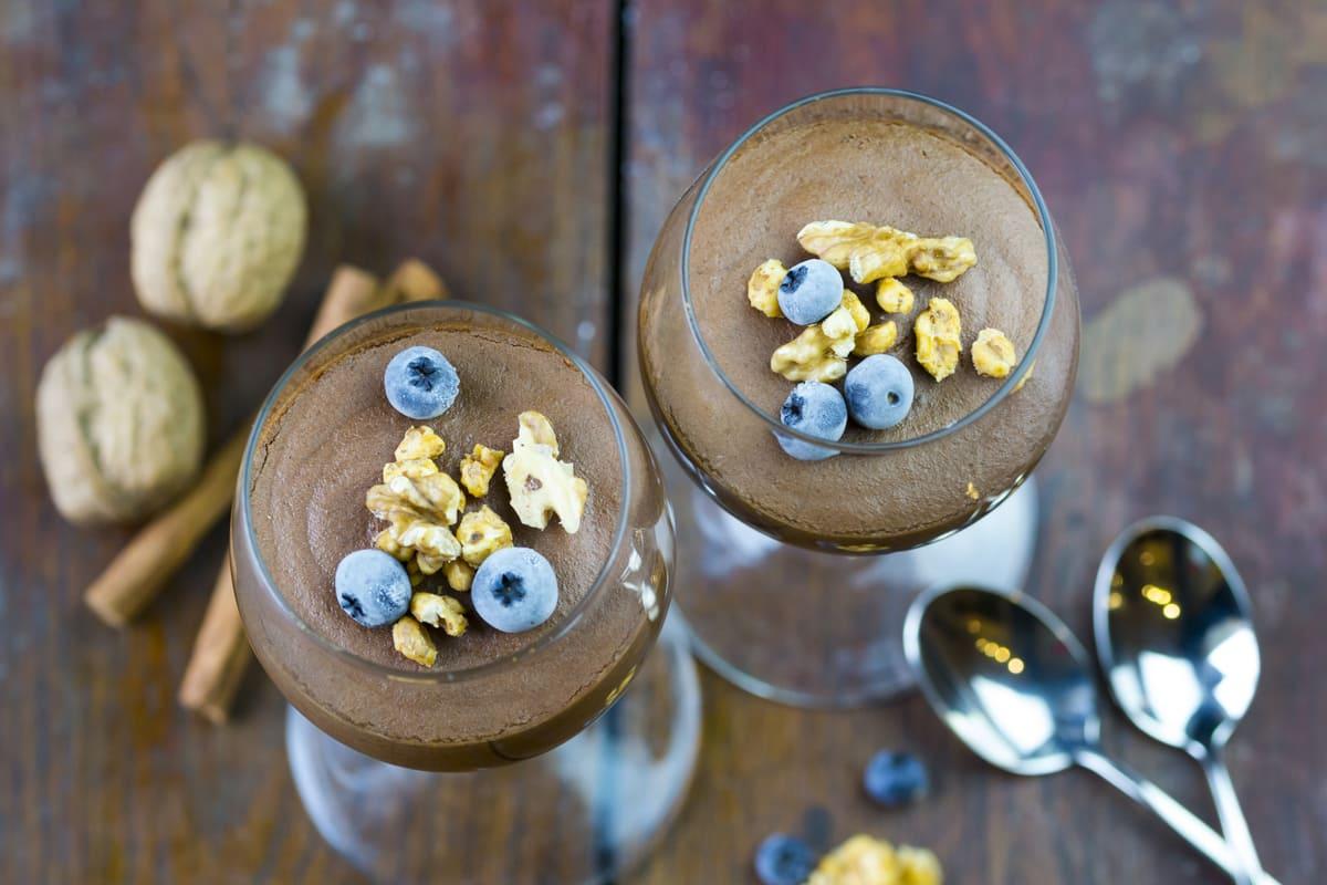 Mousse al cioccolato con acquafaba